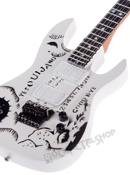 "miniaturka gitary METALLICA - KIRK HAMMETT KH-2 ""OUIJA"" white"