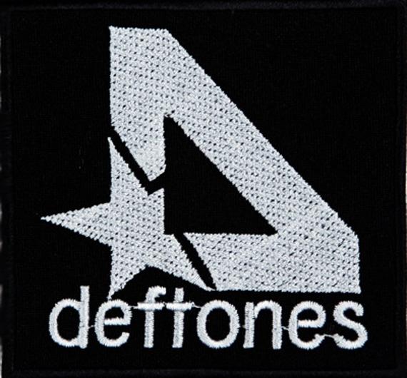 naszywka DEFTONES